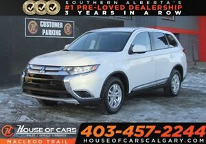 2018 Mitsubishi Outlander ES/ Heated seats/Back up Cam/AWD