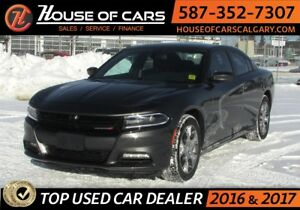 2017 Dodge Charger / AWD / Heated Seats SXT