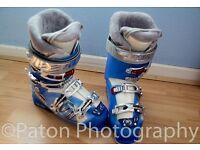 Ladies Tecnica Ski boots size 6.
