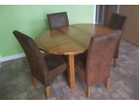 Toulouse Solid Oak Wood Round Extending Dining Table With 4 Leather Chairs.....