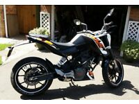 KTM Duke 125 2013 ABS - GOOD CONDITION, low mileage
