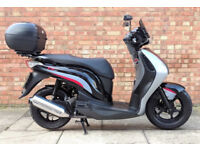 Honda PES 125cc in black, Excellent condition, only 3094 miles!