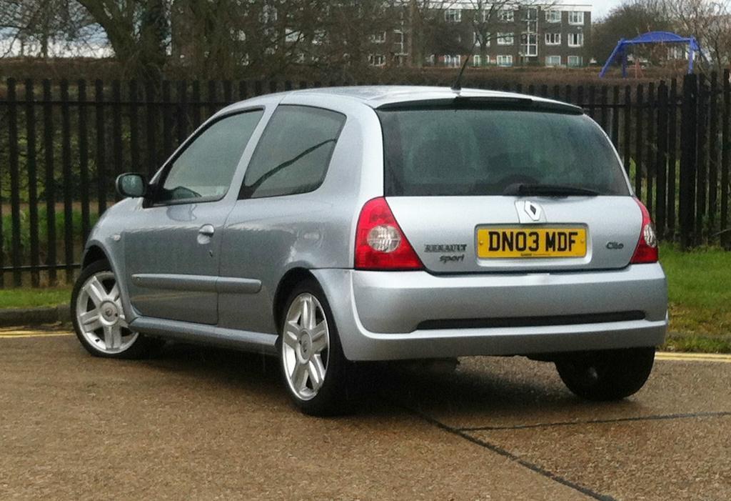Renault Clio 2003 Interior 2003 03 Renault Clio 2 0 16v