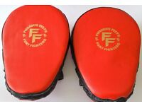 Furiousfistsuk Genuine Leather Focus Jabbing Pads Red color