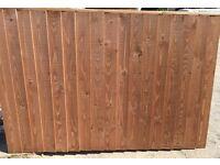 Heavy duty verti lap timber fence panel