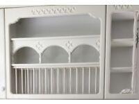 White plate rack.