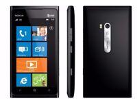 Nokia Lumia 600 Including Charger.