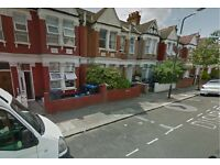 AMAZING 2 BED FLAT WITH GARDEN -DSS ACCEPTED GROUND FLOOR-(CRICKLEWOOD NW2)