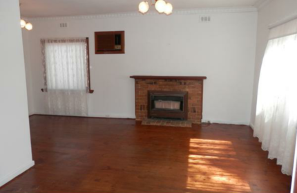 Pre-demolition house: Everything in & out for sale!