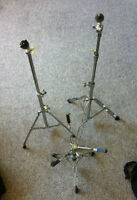 Drum hardware: snare stand, 2 cymbal stands