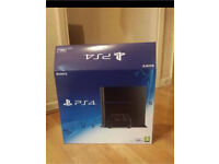 PlayStation 4 -with FIFA 16 - Original Packaging - Mint Condition