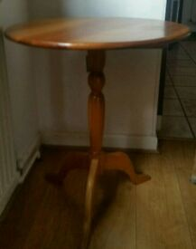 Vintage Farmhouse circular pine kitchen table