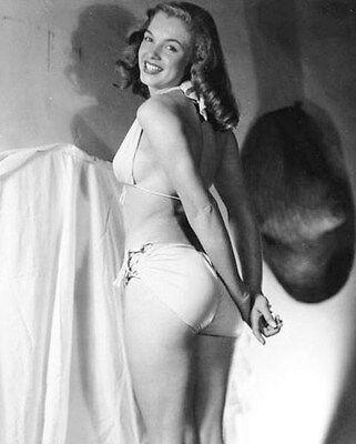 Marilyn Monroe   Marilyn Photographed In 1946