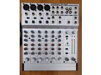 Behringer Eurorack MX802A mixer 8 channel