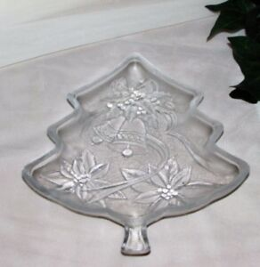 CHRISTMAS TREE SHAPED SNACK PLATE DECORATIVE HOLIDAY DECOR