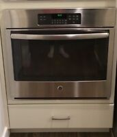 GE built in wall oven. Only 9 months old
