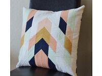 4x pattern pillows