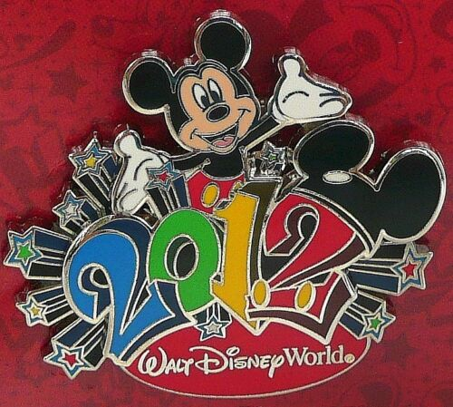 NEW RETIRED 2012 LE WALT DISNEY MICKEY MOUSE NEW YEAR 3D PIN LIMITED EDITION