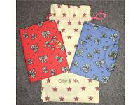 2 Ollie & Nic passport covers