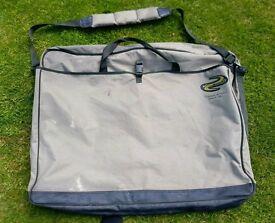 KORUM Fishing XL Seat & Net Bag