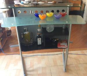 Modern Design Glass Top Bar Table