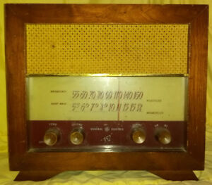 Table Top Radio Receiver