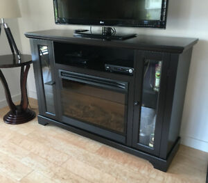 Kingswood Electric Media Fireplace