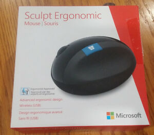 Sculpt Ergonomic Mouse, COMPLETE in box, NEW Kitchener / Waterloo Kitchener Area image 1