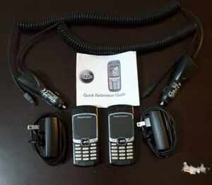 Sony Ericsson (J220A) unlocked Analog Cell Phone with 2 chargers