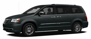 2012 Chrysler Town & Country LMT