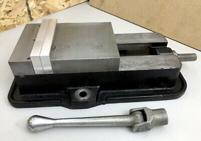 Clean Kurt Anglock 6 Milling Machine Vise - D60-1 With Original Kurt Handle