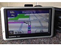 Garmin Nuvi 1300 Automotive GPS Receiver Sat Nav with UK and ROI Maps Navigator