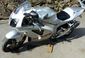 Honda VTR1000 Sp1 Silver 20700 very good condition