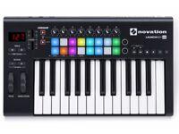 Novation Launchkey 25 midi keyboard