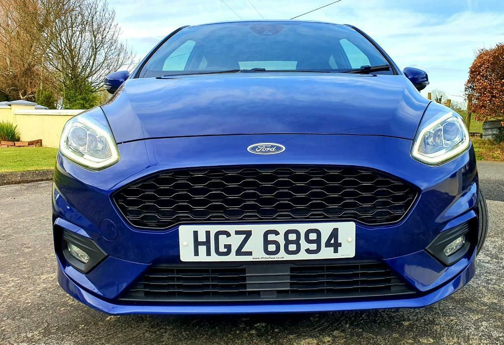 2017 Ford Fiesta St Line Turbo (Perfect for first Time Driver)