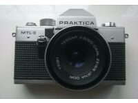 praktica mtl 3 ' 35 mm film camera ( circa 1980 )