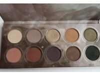Zoeva Smokey Eyeshadow Palette. Barely used. Can post