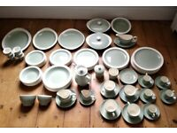 Massive Wedgwood dinner and coffee service, 90 pieces in all (Etruria Barlaston) Celadon Green