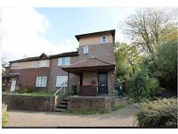 two bedroom Maisonette in Crawley- good commute to Gatwick