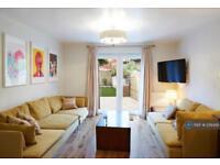 4 bedroom house in Hampton Street, London, SE17 (4 bed)