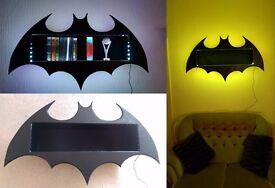 BATMAN - CABINET - Lights up different colours, holds 50 DVDs