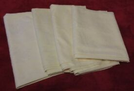 4 Huge Cream Hotel Quality Tablecloths Material