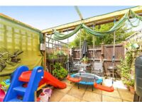 3bed maisonette with garden, walking distance to tube/train/tram and shops