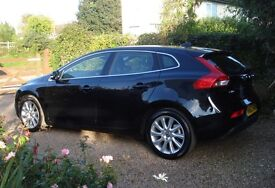 AMAZING LOW MILEAGE 17,000 miles VOLVO V40 SE LUX D2 MANUAL 1.6 HTP 5-Dr HATCHBACK Oct 2013 '63 Reg.