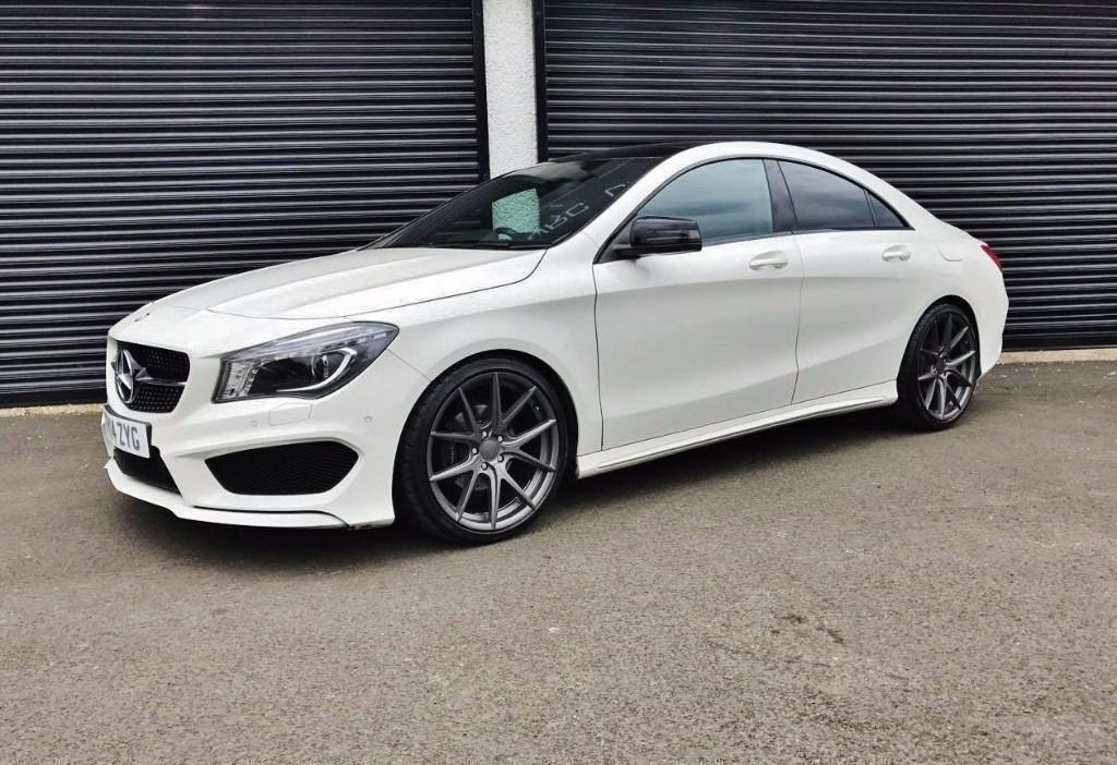 2014 mercedes cla 200 amg sport cdi panoramic roof finance. Black Bedroom Furniture Sets. Home Design Ideas