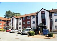 3 bedroom flat in Knights Court, Salford, M5 (3 bed) (#952580)