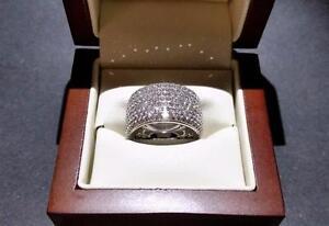 Ladies 18K White Gold Diamond Cluster Band