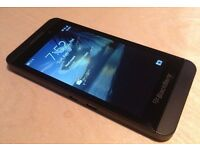 BLACKBERRY Z10 BLACK MINT CONDITION UNLOCKED 16 GB WITH CHARGER ONLY £50