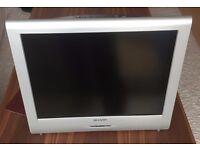 Sharp 20'' LCD TV + Gigamax DVD/CD Player