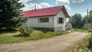 Great 2 Bedroom DETATCHED HOME with Fenced Yard